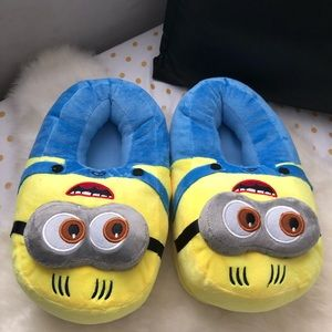 Shoes - Minion slippers